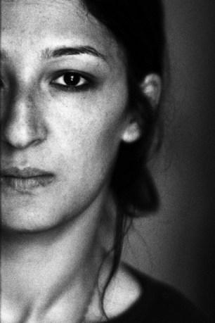 H. m'a laissé 1 minute pour faire son portrait, pas une de plus. Son passage à SPR Paris l'a transformée. © Virginie de Galzain