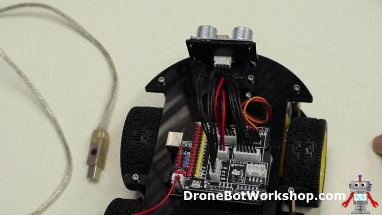 Ultrasonic Sensor on Servo Motor shaft