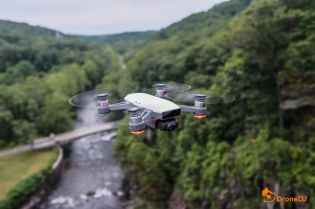 13 DJI Spark Drone in action shot QuadCopter UAV Small Mini-1013