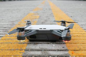 4 DJI Spark Drone Rightside View QuadCopter UAV Small Mini-1003