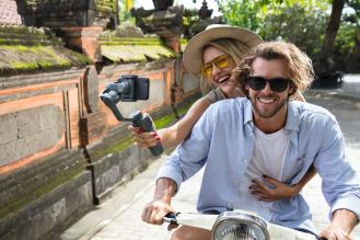 DJI reveals new Osmo Mobile 2 gimbal stabilizers ahead of CES 2018 0009