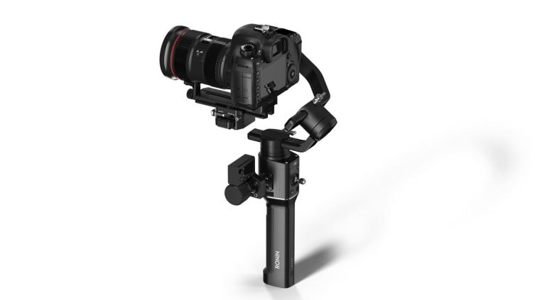 DJI Ronin S single-handed stabilizer - At $699, the price is right Pre-order today 0003