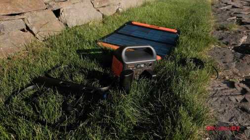DroneDJ review of the Jackery 240W Battery Charger and Solar Panel 0013
