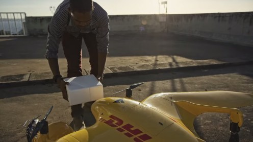Deliver Future: DHL Parcelcopter flies 37 miles autonomously to a remote island in Lake Victoria 0003