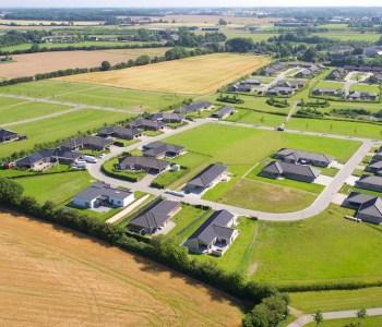 Dronefoto taget af Dronefyn af Udstykning Ringe by drone foto