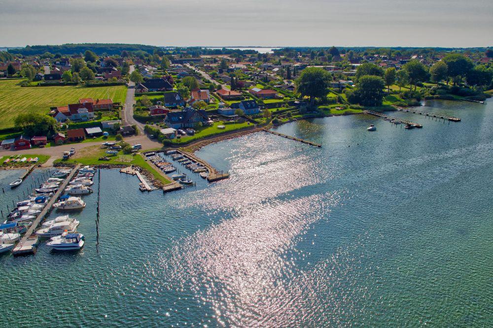 Dronefoto af Thurø