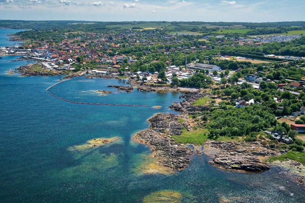 Dronefoto fra folkemoede på bornholm