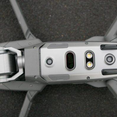 Sichtsysteme und LEDs auf der Unterseite