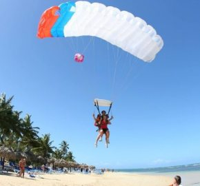 Skydive Curacao