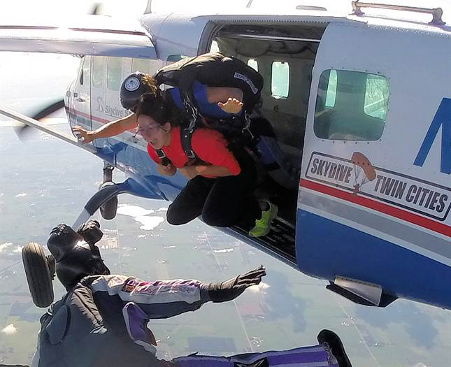 Skydive Twin Cities West