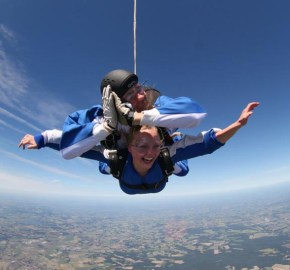 Skydive (Fallschirmsport) Damme
