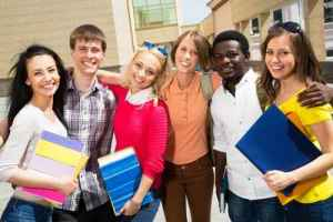 Comp 67442740 - Group of diverse students outside