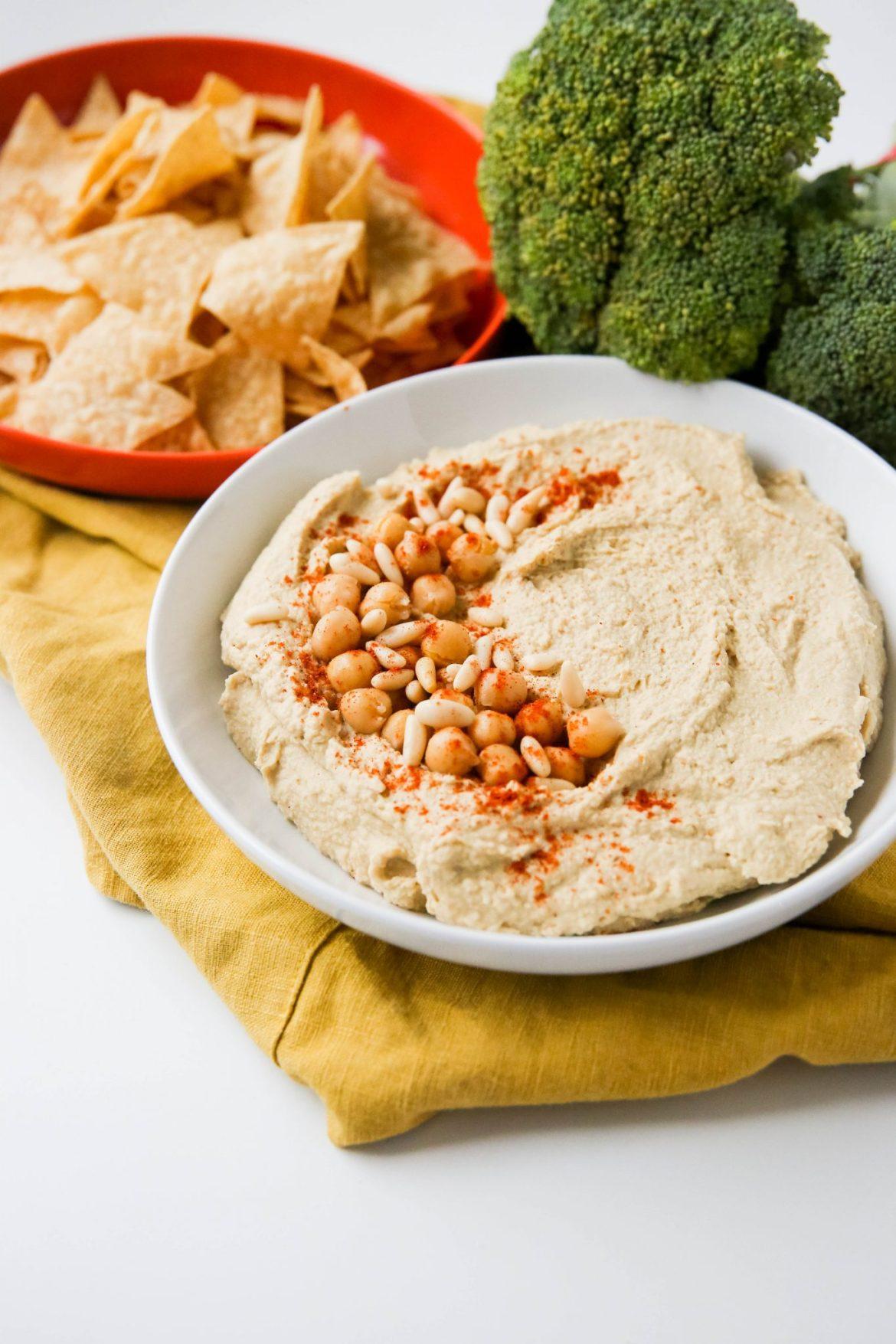 Easy homemade hummus - Dr. Pingel