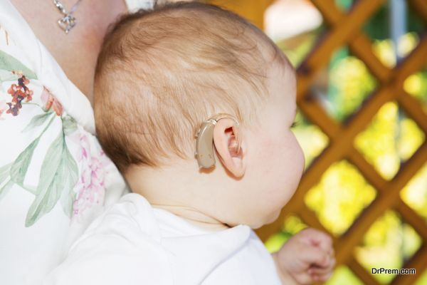 handle children with hearing loss (6)