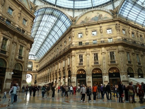 Italy shopping attractions, Shopping Malls, Shopping ...