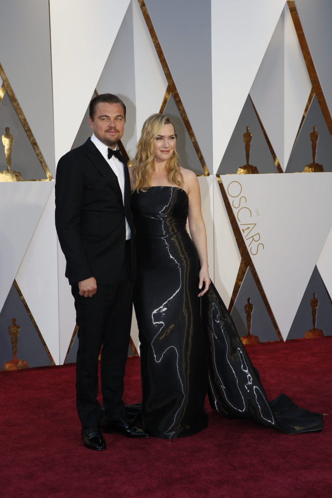 Leonardo DiCaprio and Kate Winslet - Oscars Red Carpet Arrivals