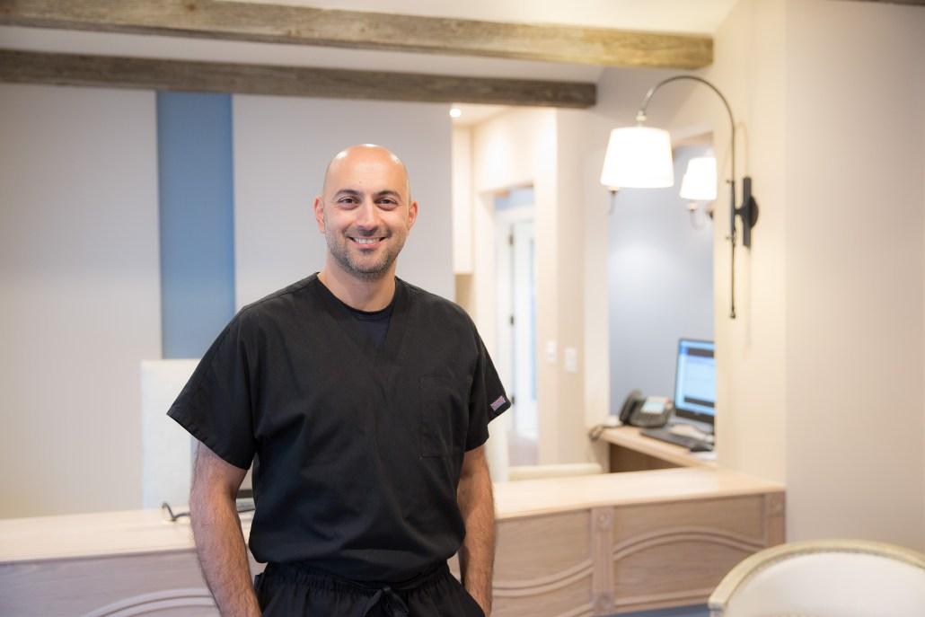 Dr. Ehsan Rezvan