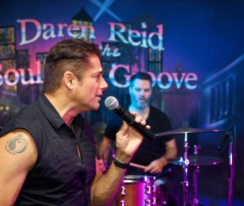 Daren Reid wedding singer
