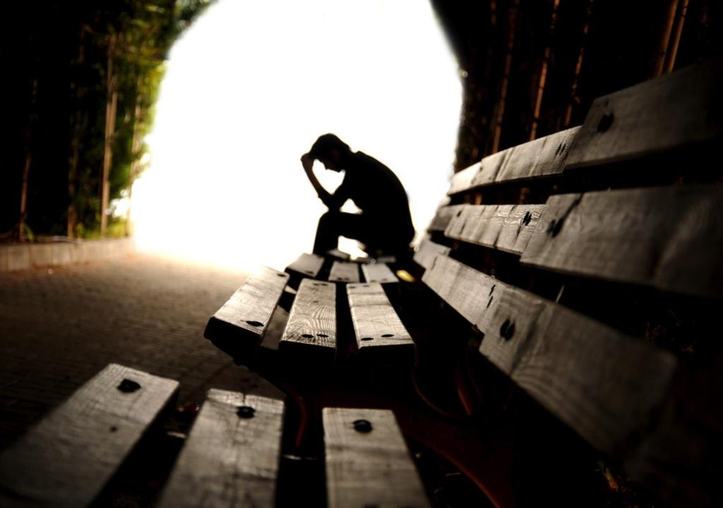 Six Common Thinking Patterns that Feed Depression