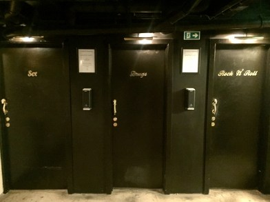 The toilets in a cafe