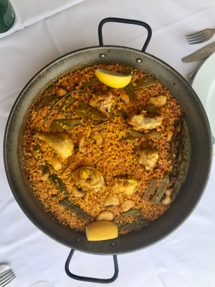 Traditional Valencian paella