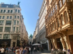 More of Der Graben