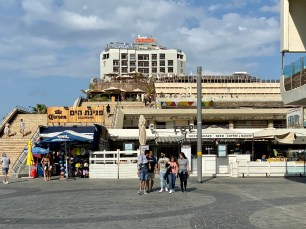 One of many cafes along the promenade