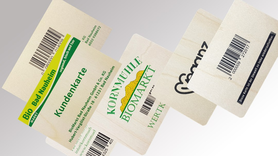Kundenkarten aus Holz von Druck+Medien Heiligenhaus