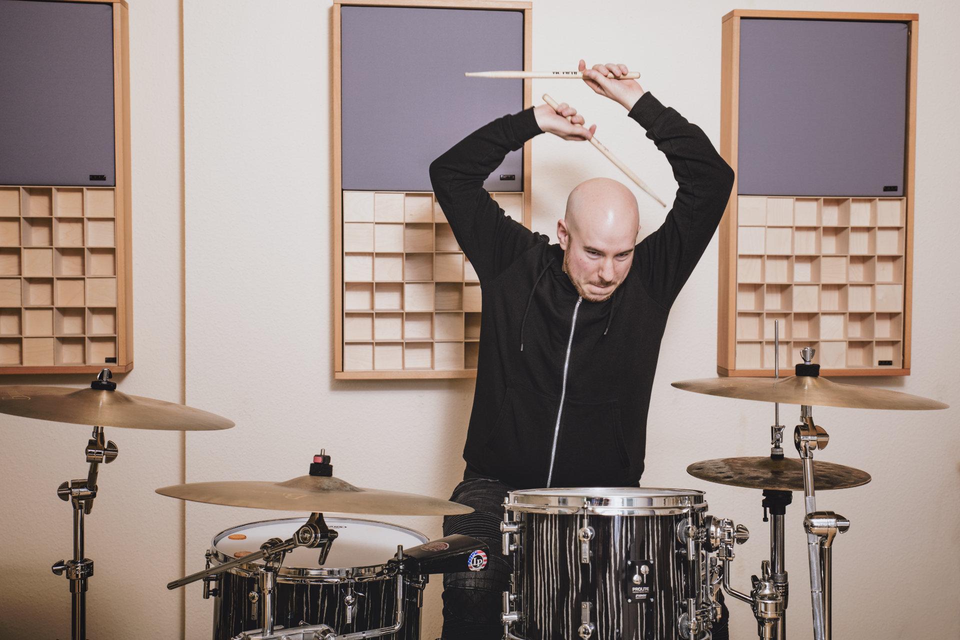 Dustin Sander | Schlagzeug | Drums