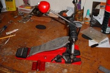 how to fix a broken bass drum pedal