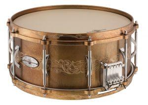 The Titan bronze snare features solid bronze hoops.