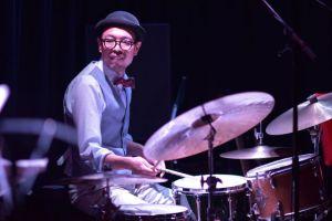 ドラム演奏03