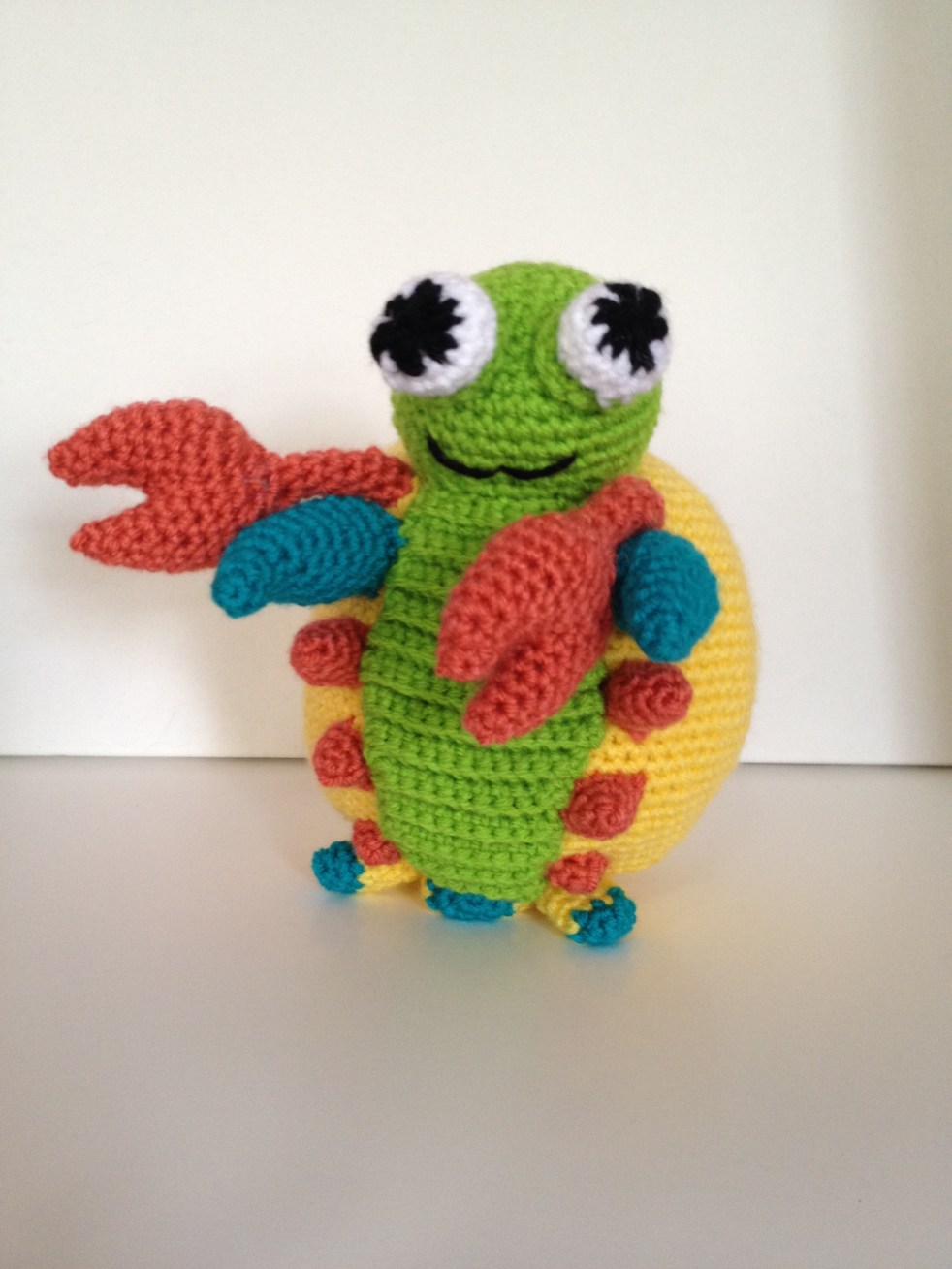Crochet mantis shrimp pattern