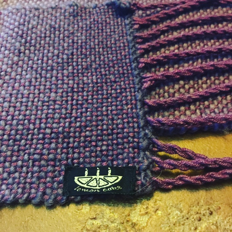 scarf label
