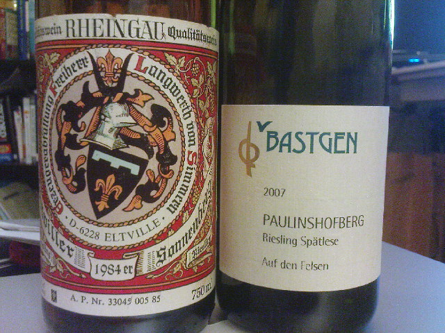 """Weingut Langwerth von Simmern Eltviller Sonnenberg Riesling 1984, Weingut Bastgen Paulinshofberg Riesling Spätlese """"Auf den Felsen"""" 2007"""