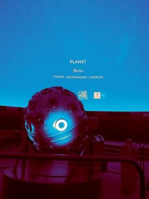 planet-berlin-by-tim-raue-der-360-grad-projektor