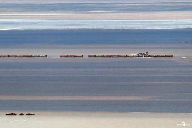 Добыча соли. Озеро Баскунчак.