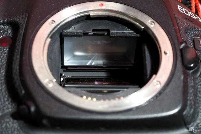Система зеркал в зеркальной камере