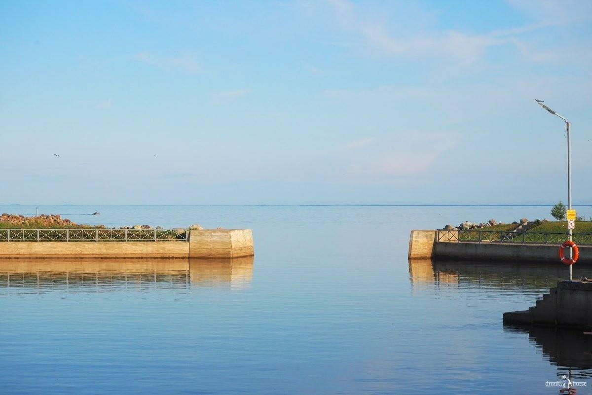 Вечер. Штиль на Ладожском озере