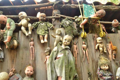 Resultado de imagen para la isla de las muñecas