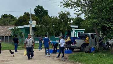 Photo of Empresario chetumaleño dona 800 kilos de pollo a comunidades afectadas por inundaciones