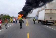 Photo of Al menos siete muertos al incendiarse camión cisterna en Colombia