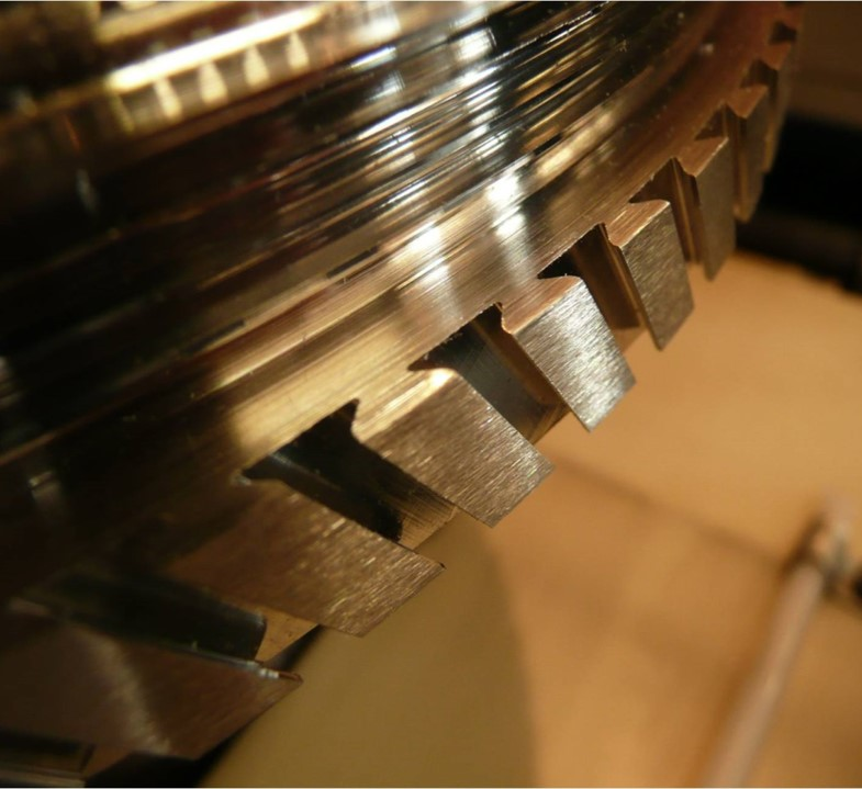 Dry Mechanical Edge and Surface Finishing for Rotating Aerospace Components