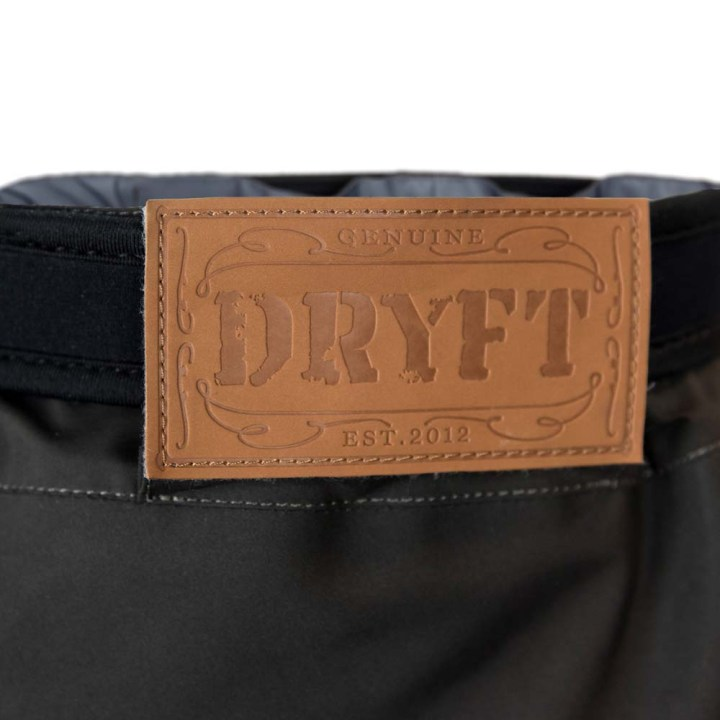 DRYFT-Session-wading-pant-backlabeldetail