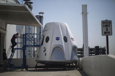 SpaceX et la capsule Dragon dans sa version pour le transport de passagers