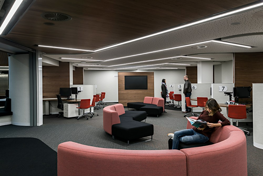 A344_Deakin_Student_Central_002