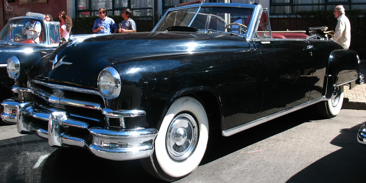 Chrysler Imperial 1951 is the first commercial passenger car that is equipped with a hydraulic power steering unit.