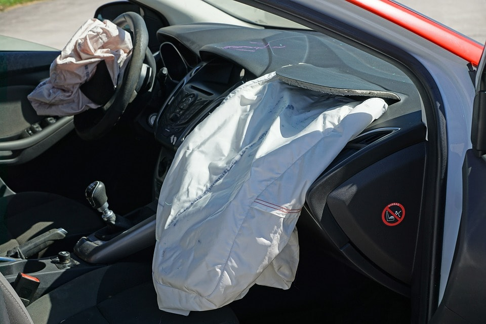 Car Airbag: What is it and How it Works?