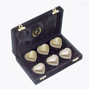Six Heart and Cross pendants within a keepsake cases - DSD Brands