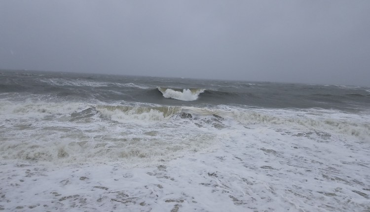 Big waves today and fast